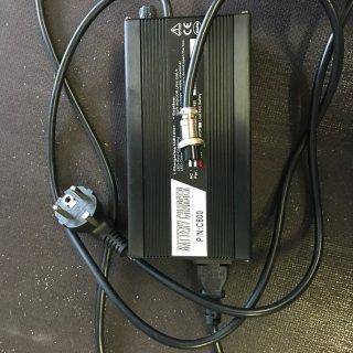 Power-Ladegerät 48V 6A 24.0 & MX-10 2017